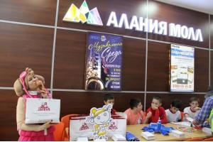 Компания «ДюбуА» приняла участие в совместной акции с УГИБДД республики