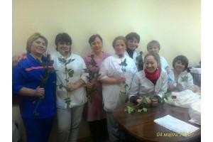 Мужчины поздравили всех сотрудниц с праздником 8 марта