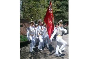 Компания  «Дюбуа» поддержала кадетов