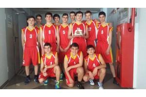 """Компания """"ДюбуА"""" поддержала юных баскетболистов"""